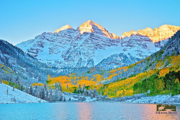 To the Morning . . . Maroon Bells